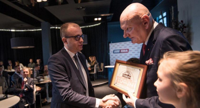 Biznes, kolejni laureaci prestiżowego toruńskiego certyfikatu [FOTO] - zdjęcie, fotografia