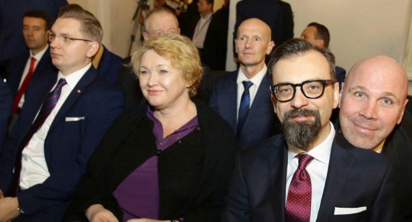 Rada Miasta, pierwsza sesja Miasta Poznaliśmy przewodniczącego wiceprzewodniczących [FOTO] - zdjęcie, fotografia