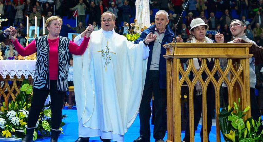 Religia, kwota którą zapłaci miastu Rydzyk organizację urodzin Radia Maryja - zdjęcie, fotografia
