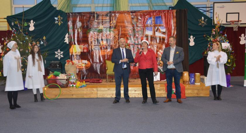 Ciekawostki, sposób gmina Łysomice obchodziła tegoroczne mikołajki [FOTO] - zdjęcie, fotografia