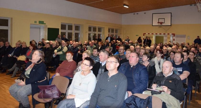 Inwestycje, Mieszkańcy gminy Lubicz chcą czystego powietrza Tłumy zainteresowane nowym programem [FOTO] - zdjęcie, fotografia