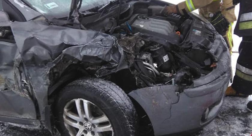 Wypadki, Ślizgawka drodze! Wypadek Toruniem [FOTO] - zdjęcie, fotografia