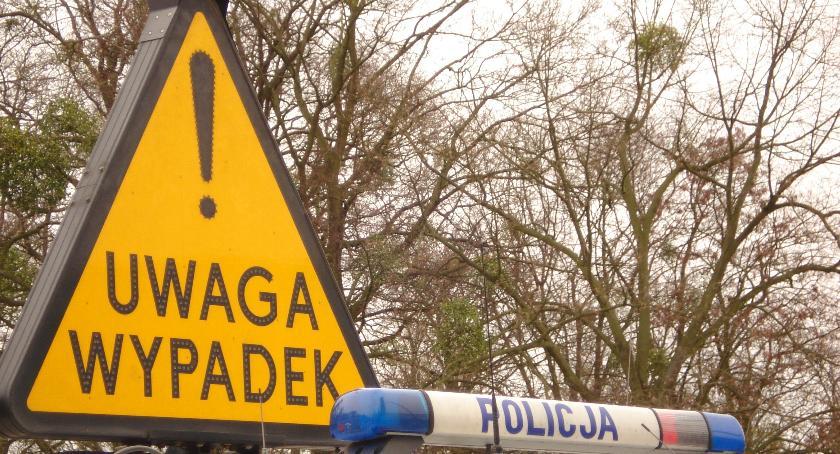 Wypadki, Śmiertelny wypadek drodze krajowej żyje letni mężczyzna - zdjęcie, fotografia