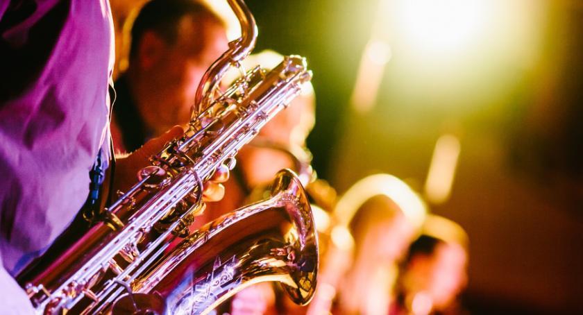 Koncerty, Legendarny muzyk wystąpi Dworze Artusa - zdjęcie, fotografia