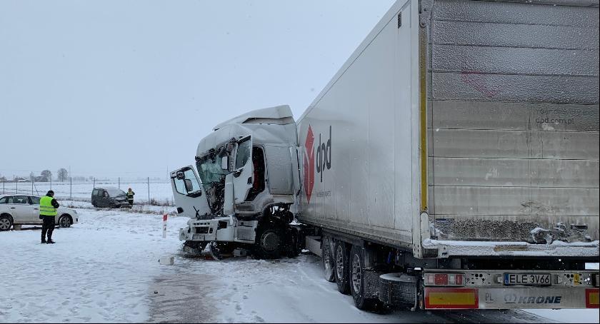 Wypadki, Uwaga kierowcy! Tragiczny karambol autostradzie [FOTO] - zdjęcie, fotografia