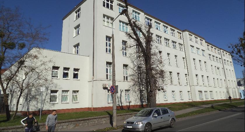 Komunikaty, Mieszkańcy mogą normalnie żyć przez remont Szpitala Wykonawca robót odpowiada - zdjęcie, fotografia