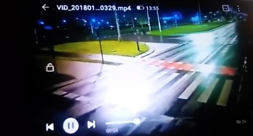 Wypadki, Policja ustaliła sprawcę wycieku nagrania tragicznego potrącenia Toruniu - zdjęcie, fotografia