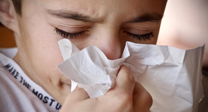 Komunikaty, Uwaga! Główny Inspektorat Farmaceutyczny wycofuje sześć popularnych leków przeziębienie - zdjęcie, fotografia