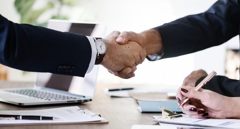 Biznes, Radni spotkają przedsiębiorcami Filmarze - zdjęcie, fotografia