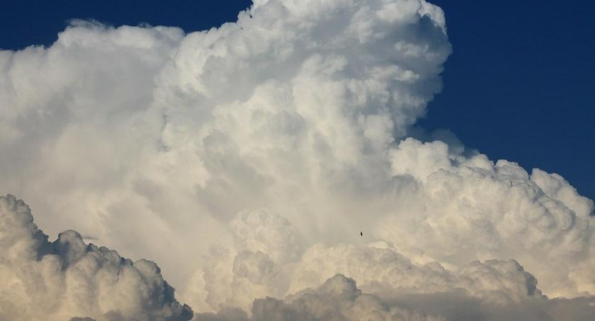 Pogoda, Czwartek przyniesie słońce chmury - zdjęcie, fotografia