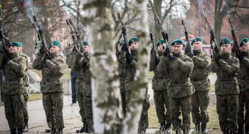 Komunikaty, Wojsko wzywa komisję! Sprawdź dotyczy kwalifikacja wojskowa - zdjęcie, fotografia