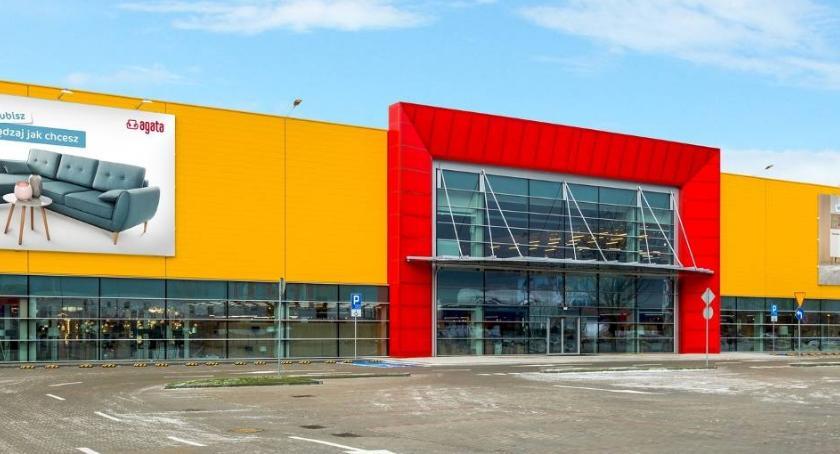 Inwestycje, Toruniu niedługo rozpocznie budowa wielkiego salonu meblowego - zdjęcie, fotografia