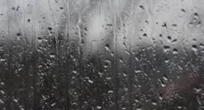 Pogoda, Przed deszczowy dzień niedzielę - zdjęcie, fotografia