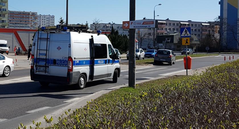 Wypadki, Kolejne potrącenie przejściu pieszych Toruniu [FOTO] - zdjęcie, fotografia