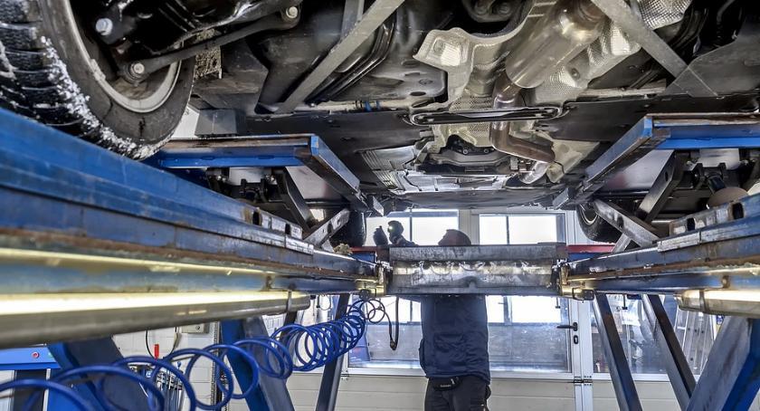 Komunikaty, Toruniu będzie można darmo sprawdzić techniczny samochodu - zdjęcie, fotografia