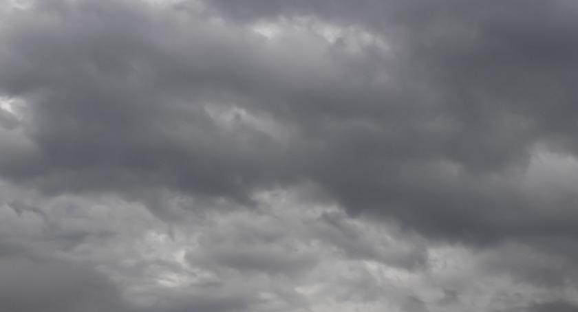 Pogoda, Chmur Toruniem zabraknie temperatura - zdjęcie, fotografia