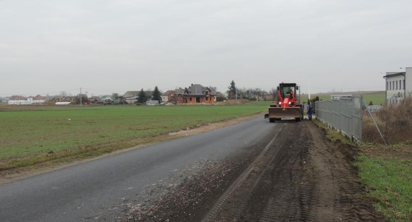 Inwestycje, Ważna droga podtoruńskiej gminie będzie przebudowana - zdjęcie, fotografia