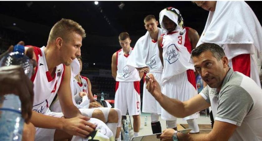 Koszykówka, Ambicja wystarczyła Nieudana pogoń Twardych Pierników - zdjęcie, fotografia