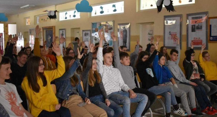 Szkoły i licea, Lekcje przedsiębiorczości uczniów Toruniu [FOTO] - zdjęcie, fotografia