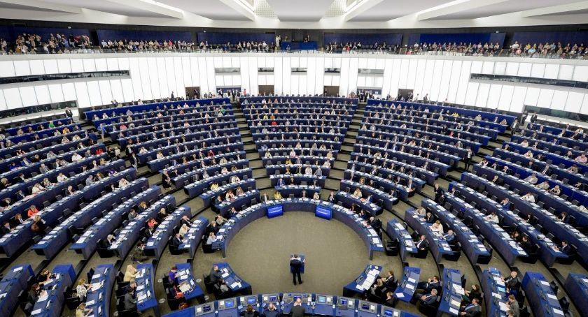 Partie Polityczne, Przedwyborczy sondaż wygrywa województwie kujawsko pomorskim - zdjęcie, fotografia