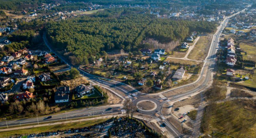 Drogi, Toruniu powstanie duży parking Lokalizacja może zaskakiwać - zdjęcie, fotografia