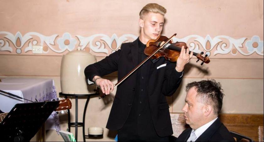 Koncerty, podtoruńskiej gminie odbył Koncert Wielkopostny - zdjęcie, fotografia