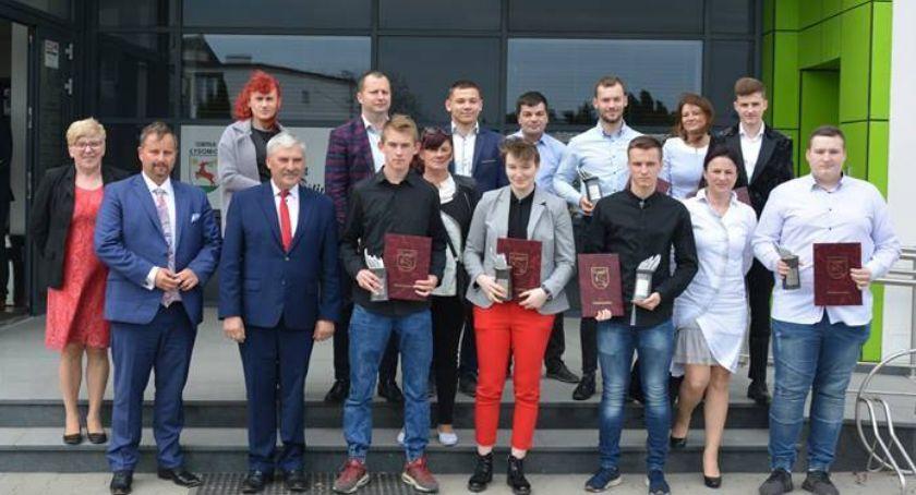 Wydarzenie, najlepsi sportowcy gminy Łysomice Wśród Kopeć Sobczyński [FOTO] - zdjęcie, fotografia