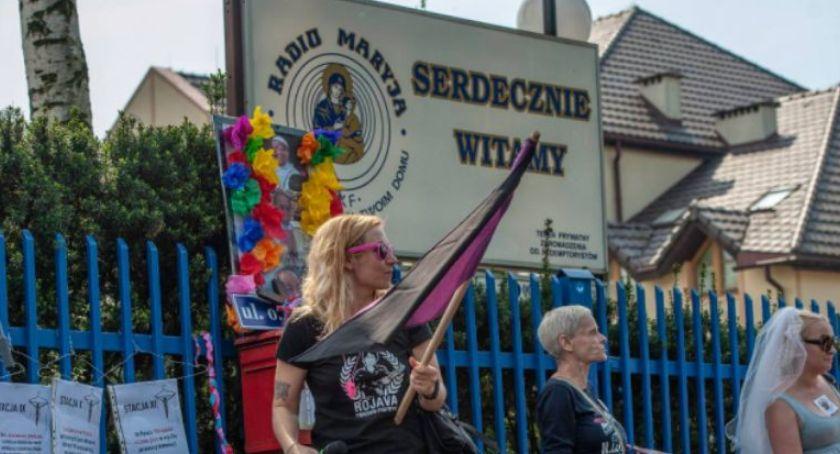 """Religia, wydał wyrok organizacji """"Chryi Radiem Maryja"""" - zdjęcie, fotografia"""