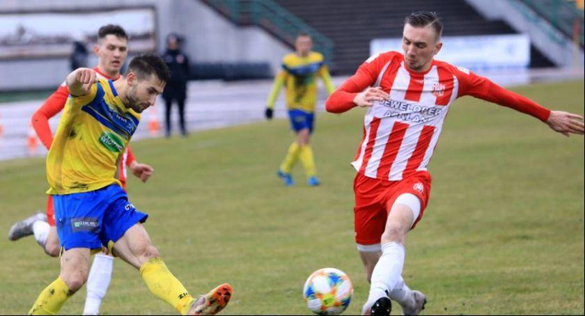 Piłka Nożna, naprawdę blisko Ligowy Elany! - zdjęcie, fotografia