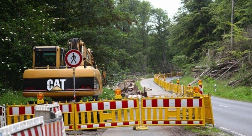 Drogi, Przed kilka modernizacji dróg gminie Lubicz - zdjęcie, fotografia