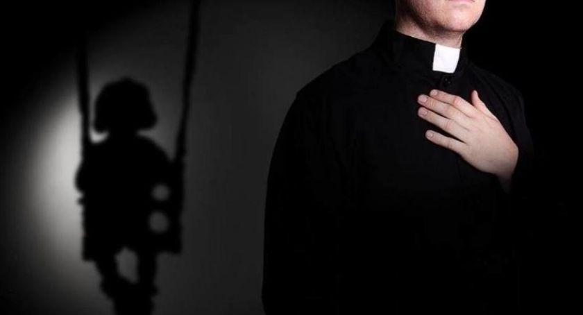 Religia, Toruniu odbędzie publiczna projekcja głośnego filmu pedofilii Kościele - zdjęcie, fotografia