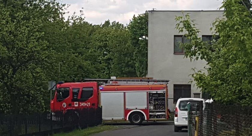 Straż pożarna, Pożar terenie zakładu Kociewskiej Toruniu [PILNE] - zdjęcie, fotografia