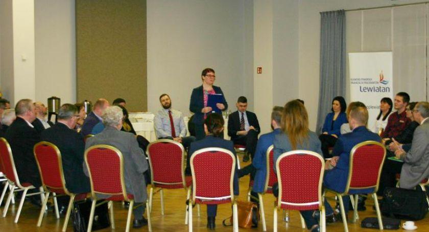 Biznes, trzecie spotkanie przedsiębiorców radnymi - zdjęcie, fotografia