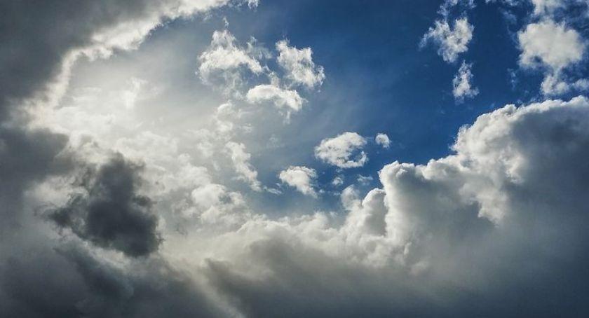 Pogoda, Błyskawice znów mogą rozświetlić niebo Toruniem! - zdjęcie, fotografia