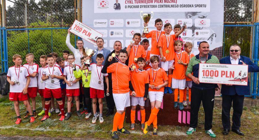 Piłka Nożna, dziś drugi turniej Puchar Dyrektora Chełmnie - zdjęcie, fotografia