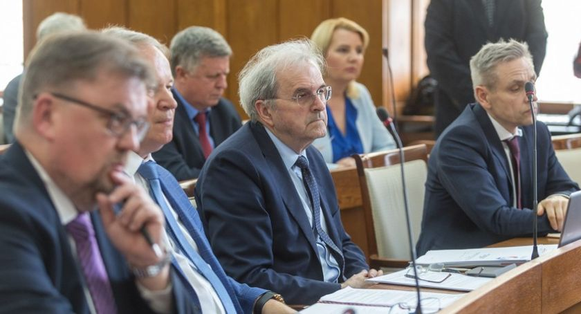 Kujawsko-Pomorskie, Sejmik udzielił absolutorium wotum zaufania zarządowi województwa - zdjęcie, fotografia