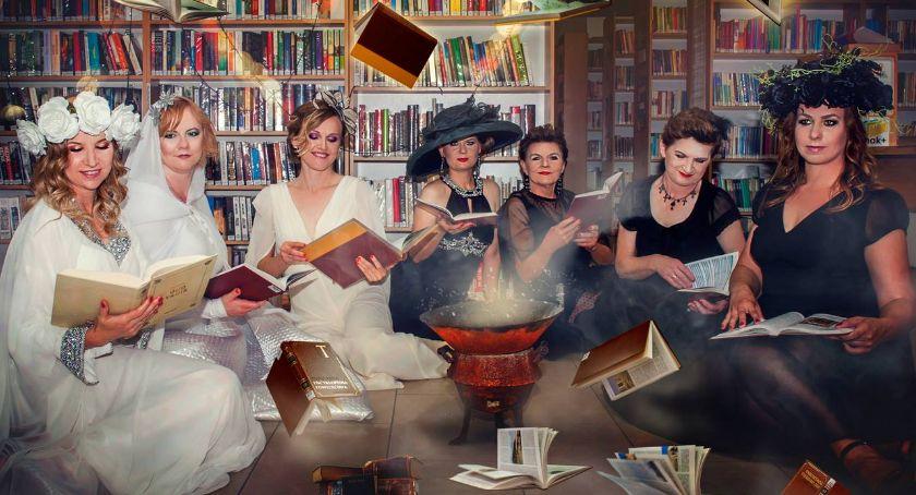 Wydarzenie, Podtoruńska biblioteka nagrodzona magiczny pokaz kreatywności - zdjęcie, fotografia