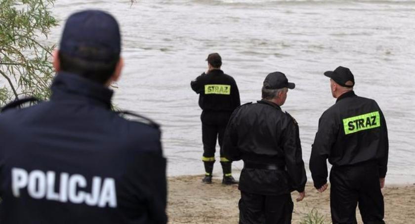 Wypadki, Dramatyczna akcja ratunkowa jeziorem Górzno - zdjęcie, fotografia