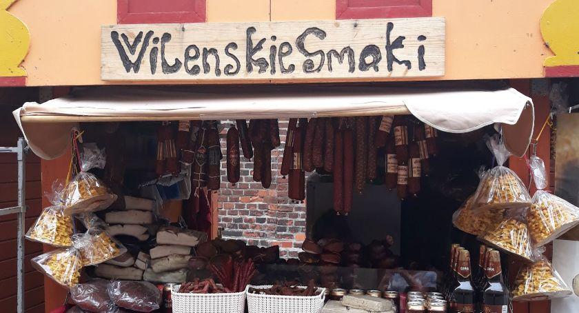 Wydarzenie, Ruszył Jarmark Katarzyński Toruniu! Smakołyki pokazy wesołe miasteczko - zdjęcie, fotografia