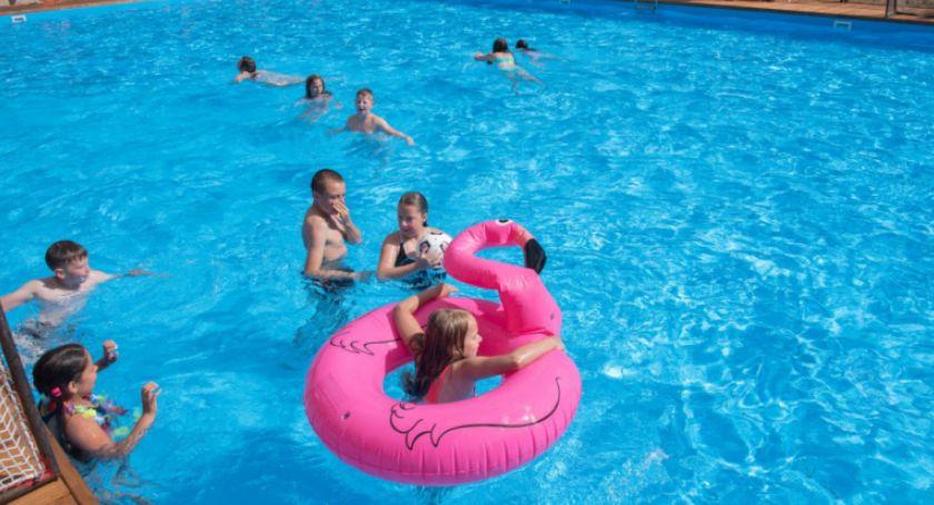 Relaks, Toruniu rusza sezon kąpielowy! Gdzie basen chmurką - zdjęcie, fotografia