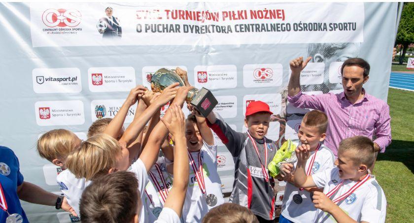 Piłka Nożna, Piąty turniej Puchar Dyrektora Brodnica [FOTO] - zdjęcie, fotografia