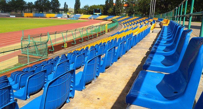Piłka Nożna, modernizację stadionu Elany zmieni obiekt - zdjęcie, fotografia