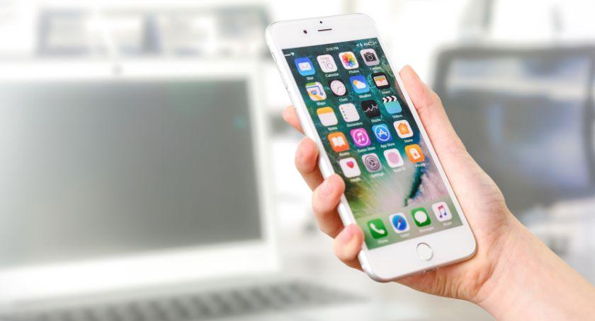 Ciekawostki, Nowoczesna aplikacja pomoże obsłudze klientów głuchoniemych - zdjęcie, fotografia