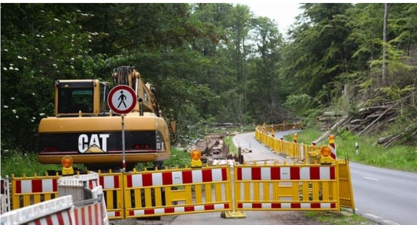 Drogi, dróg przebudowy Gmina Lubicz rozpoczyna remonty - zdjęcie, fotografia