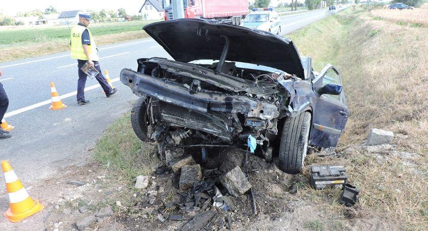 Wypadki, Groźny wypadek drodze krajowej Czworo dzieci trafiło szpitala [FOTO] - zdjęcie, fotografia