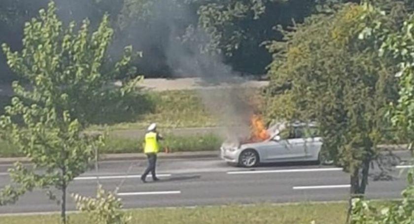 Wypadki, Uwaga! Spłonęło nieoznakowane policyjne Toruniu [FOTO] - zdjęcie, fotografia