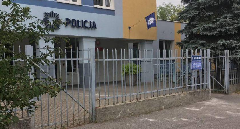 Sprawy kryminalne, Alkoholowa impreza komisariacie Toruniu ranny policjant Komendant zostanie odwołana! - zdjęcie, fotografia
