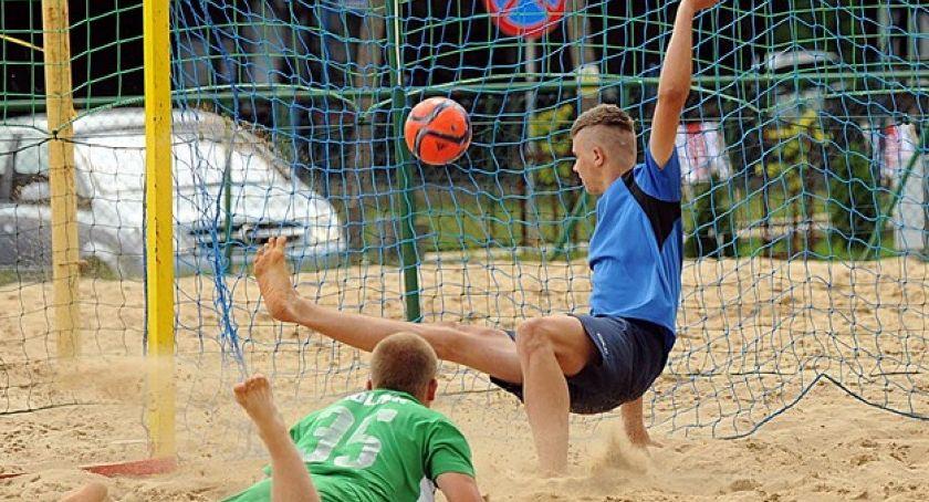 Inne dyscypliny, Druga kolejka Toruńskiej Beach Soccera Zgoda Chodecz nadal czele - zdjęcie, fotografia