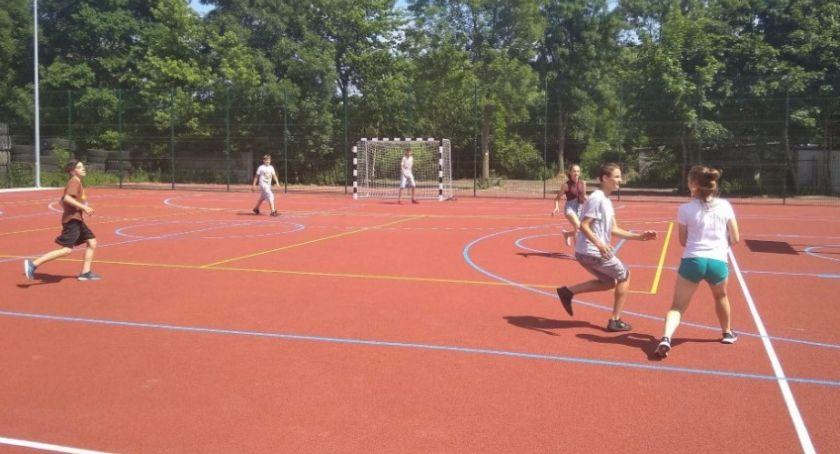 Inwestycje, Toruniem powstał wielofunkcyjny obiekt sportowy [FOTO] - zdjęcie, fotografia