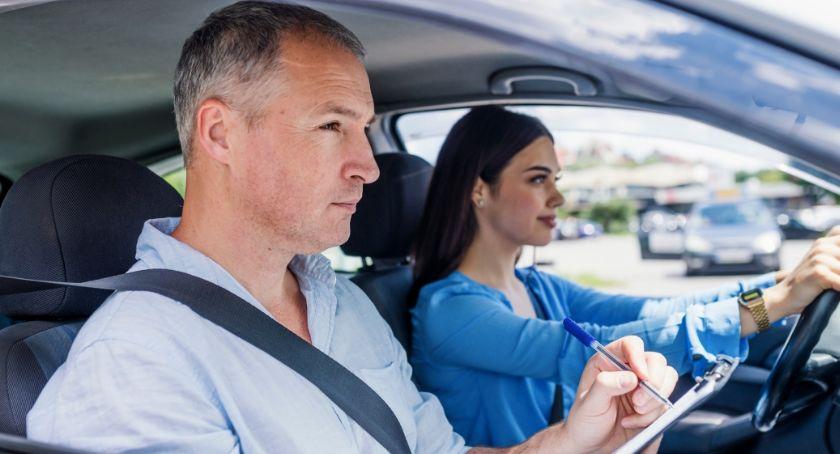 Komunikaty, Zmiany egzaminach prawo jazdy Pomysł Torunia budzi spore kontrowersje - zdjęcie, fotografia
